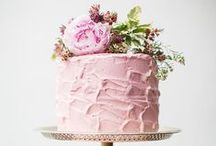 Pretty in Pink Wedding / A pretty pink palette with plenty of peonies