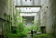 Ruins / disused / abandoned architecture