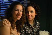 ¿Quiénes somos? / Somos María Fleitas y María Vega, quienes estamos detrás de Té para dos. ¡Encantadas de conocerles!  Esta sesión de fotos se realizó en La Churrería --> http://on.fb.me/1rHLRUD