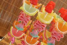 Tropical Party / Inspiración para decorar una fiesta con temática tropical, veraniega, hawaiana...