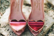 S h o e s / Heels. Straps. Colours.