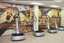 Fitness Decor Ideas / Professionals at fitness clubs and spas across the country help people look good so they can feel their best. When a person leaves the salon, self-confidence blossoms. Wall murals transform boring bland spas into luxury retreats, and work out spaces to motivate.