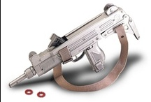 Replica Guns / Now feel like a fighter with Global Gear Replica Guns.