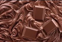 Chocolate Hampers / Heritage Hampers Ltd provides a large range of Chocolate Hampers to choose.