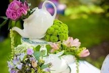 Holidays & Seasonal - Spring / Spring has sprung. Celebrate the season and its holidays by decorating and having parties.