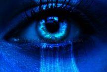 Il colore blu / Il Blu è il colore del tempo che passa, della malinconia che ti prende quando guardi dalla finestra un temporale che piano sta passando.