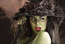 Witch.....Streghe e Vampiri / Le streghe hanno smesso di esistere quando noi abbiamo smesso di bruciarle.