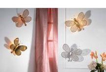 Appliques murales / Tous nos luminaires sont fait sur mesure, de manière traditionnelle et artisanale. Nous sommes capables de réaliser vos appliques en fonction de vos plans, vos désirs, vos dessins ... Bref tout est réalisable avec www.i-lustres.com Vous pouvez nous contacter: info@i-lustres.com