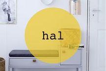 hal ♡ shopinstijl.nl / De hal of gang is natuurlijk de binnenkomer in je huis. Het is de eerste indruk die mensen krijgen van jouw thuis. Of je niet een grote of kleine hal hebt, met een trap of zonder trap; op deze interieurbeelden vindt je voldoende inspiratie. Denk aan kapstokken, halbankjes, verlichting, spiegels, opbergmogelijkheden en bankjes.