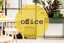 office ♡ shopinstijl.nl / Niet alleen je werkplek thuis maar ook je kantoor zou een feestje moeten zijn! Een plek vol inspiratie, waar je fijn en productief kunt werken. Aan een fijn bureau met de juiste bureaustoel. Flexwerkplekken of juist een vaste werkplek? En hoe ziet jouw ideale vergaderruimte er uit? Het nieuwe werken in een inspirerende werkomgeving.