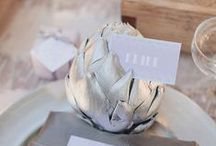 Wedding favor bags/presents + name cards