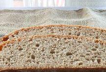 Pan (Melm) / Panes de todo tipo, pero sobre todo, integrales y elaborados a partir de masa madre.  Del blog http://migasenlamesa.com