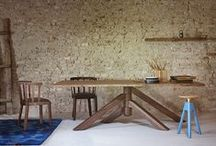 Tavoli in legno / Legni massicci, tavole grezze, venature evidenti e bordi irregolari: il LEGNO torna protagonista nell'arredamento!