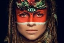 Beautifull People / Mooie mensen, intrigerende culturen en bijzondere gebruiken en denkwijze.