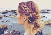 """Tendances ... Sur la plage ! avec VOG COIFFURE CHAMBERY / D'accord, c'est l' été ! OK ! Mais soyons au Top sur la plage >même l' été ! Nous vous avons déniché les plus beaux styles de coiffures """"en mode vacances"""" sur la plage pour que vous soyez au TOP du top cet été  !"""