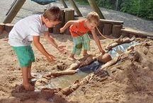 Sommer, Sonne, Wasserspaß / Spiele spielen, Spaß am Strand & Sand, Bauspaß - Hauptsache draußen und den Sommer in vollen Zügen genießen.