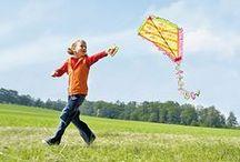 Kinderleichte Bastelideen für den Sommer / Die Sachenmacher: Bastelspaß für GROß und klein - da ist für jede Altersgruppe was dabei.