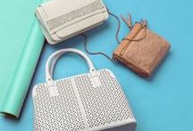 Handbags / Get a grip on the latest handbag styles and trends.