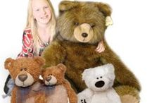 Great Christmas Gifts! / Here at www.stuffedsafari.com we have great gifts for kids of all ages! From teddy bears to jelly fish we have plush that is unique and cuddly! Find the perfect gift this year and make it personal with our option to add a personalized bandanna or t-shirt for your order! Visit our online catalog today! If you are interested in purchasing an item, don't forget to use the coupon code: PINIT10 to save 10%!