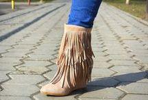 Cizme / Pentru mai multe modele de cizme intra pe http://www.standard-shoes.ro/incaltaminte-dama/cizme.