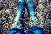 Muck Boots / Muck Boots are the ultimate in all-weather footwear which specialises in keeping your feet warm and dry in any conditions. You can buy Muck Boots online from internetgardener.co.uk with fast delivery.