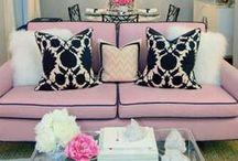Różowy we wnętrzach / Pink interior design / Pierwsza myśl jaka przychodzi nam do głowy, to różowy domek lalki Barbie:) A przecież róż we wnętrzach może wyglądać zupełnie inaczej. Poniżej kilka inspiracji.