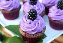 Cupcake en folie ! / Des cupcakes, des cup, des cakes, en folie. Des gâteaux plein de sucre et encore des gâteaux !