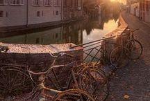 Brugge Reizen  Nomad&Villager / Net zo geïnspireerd door Brugge als wij? Hier delen we al onze verhalen, ervaringen, foto's en beelden.