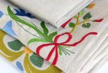 Leinen Bettwäsche mit Stickerei/ Linen / Flax Bed Linen/ Embroidery / Wunderbare Designer Leinen Bettwäsche mit Stickerei, aus 100% Leinen Pure linen (Flax) bedding with historical embroidery from periods 17th-18th century