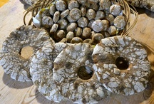 Ruisleipä / Vanhan Vartiamäen tilalla pääsee opettelemaan aidon ruisleivän leipomista ruisleipäkurssilla.