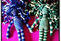 yarn & needles / knit & crochet projects, tutorials and tricks / by Judit Solans