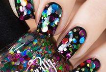 Nail Art / Nail art and beautiful nail polish designs!