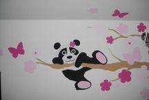 Albero con fiori rosa e panda / Cameretta bambini, wall decoration, children's room, decorazioni a mano libera