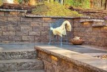 Retaining Walls & Seats / Whether you're looking for walls for your garden, or stone walls to create a marvelous backdrop for any entertaining occasion, stone retaining walls add strength, durability, beauty and value to your home!