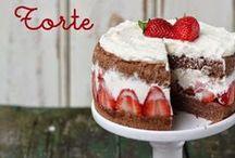 Leckeres mit Erdbeeren / Die Erdbeerzeit ist für viele die schönste Zeit des Jahres. Kuchen, Bowle, Marmelade und mehr - die schönsten Erdbeer-Rezepte findet ihr hier.
