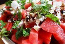 Melonen - die erfrischende Sommerfrucht / Es gibt kaum was besseres als eine frische Wassermelone an einem warmen Sommertag! Hier gibt es alles rund um die Sommerfrucht!