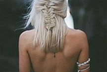 BOHO STYLE GUIDE / Looking for that perfect bohemian hairstyle or relaxed beauty look? Start here.