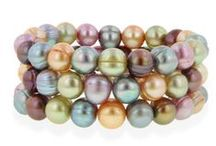 Pearls / Pearl rings, necklaces and bracelets