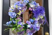 Homemade Holiday Wreaths / by Renovisions