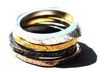 LoveLuha / Bijzondere sieraden, vrouwelijk en onderscheidend. Mooie kwaliteit en duurzaam.