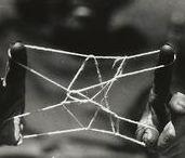 Obrázky z provázků / String Figures
