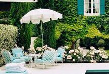 Exteriores   Patios y terrazas / Tanto si tienes jardín, como terraza o balcón, inspírate con esos ejemplos.