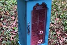 Handmade-Upcycling V2 / V2 stands for Vintage Vertigo, a group of Etsy shopkeepers who love Vintage and are dedicated to collecting, sharing, and supporting each other. Some of our teammates are artisans. This board is for pinning One of a Kind, Repurposed,or Handmade listings. We would like you to pin only 3-4 items at a time and allow others a turn before you pin again. No spamming, please. #v2team #handmade #upcycle #ooak