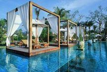 Piscines de rêves / Les plus belles piscines qui font rêver l'équipe Flipr... et qui nous inspire ! Et vous, dans laquelle souhaitez-vous plonger ?