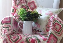 Одеяла, пледы, накидки ❁ Blankets, afghans, throws / Красивые одеяла, пледы, накидки, связанные крючком и спицами. Beautiful crocheted and knitted blankets, afghans and throws.