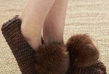 Обувь своими руками ❁ DIY shoes / Вязаная обувь своими руками: тапочки, ботиночки, сапожки. Шьём домашнюю обувь. Crocheted and knitted boots and slippers. Sewing home shoes.
