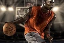 Basketball Senior Picture Ideas / Basketball senior picture ideas for girls and guys. Basketball senior pictures. Sports senior pictures.
