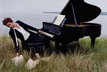 Pianists / Piano senior picture ideas. Senior picture ideas for girls and guys who play the piano. Piano senior pictures. Senior picture ideas for musicians. Music senior picture ideas. Music senior pictures.