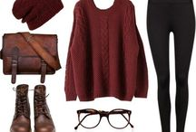 Outfits / Senior picture outfit ideas for girls.