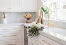 Kitchen Dreaming. / Kitchen inspiration and goals! White and marble are my favourite!